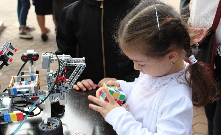 Robotei inteligenti